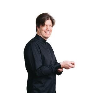 Miika Uuksulainen, sello