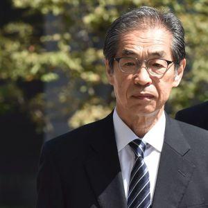 Tepcos före detta direktör Tsunehisa Katsumata och vice direktörer Ichiro Takekuro och Sakae Muto anländer till rättegången i Tokyo