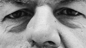 Närbild av Leif Salméns ansikte.