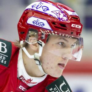 Anton Lundell i HIFK:s tröja.