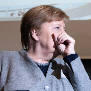 """Tysklands förbundskansler Angela Merkel är redo att vara finanspolitiskt flexibel inför """"den """"extraordinära situationen."""