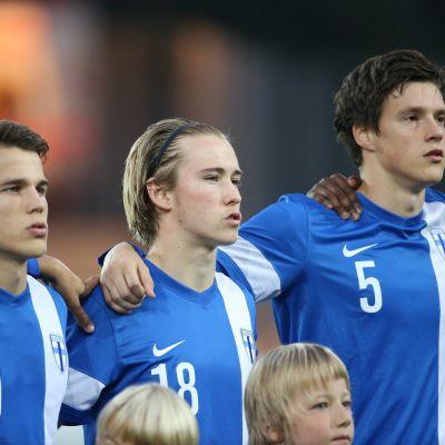 Simon Skrabb, Fredrik Lassas, Sauli Väisänen, U21-landslaget i fotboll, hösten 2015.