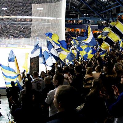 Kiekko-Espoos supportrar.