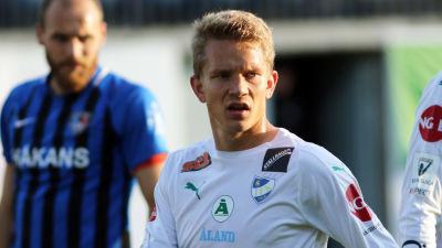 Robin Sid i IFK Mariehamns tröja.
