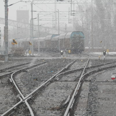 Tågbanan  till Alholmen i Jakobstad är elektrifierad