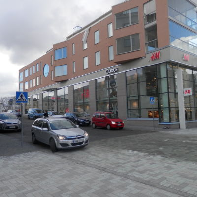 Korsningen Storgatan-Gågatan där förbindelsetunneln slutar idag