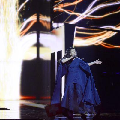 Ukrainan euroviisudeustaja Jamala esiintyi toista semifinaalia edeltävissä harjoituksissa Tukholmassa 11. toukokuuta.