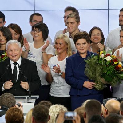 Jaroslaw Kaczynski och Beata Szydlo