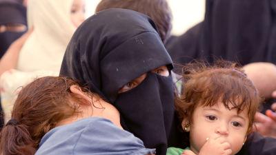Det är ansvarslös grymhet att utsätta barn för statslöshet, anser FN:s människorättskommissionär Michelle Bachelet
