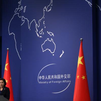 Kinas utrikesministerium fördömer Nordkoreas vätebombstest.