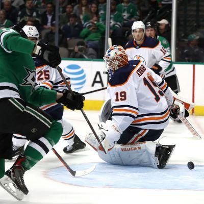 Dallas gör mål på Mikko Koskinen och Edmonton.
