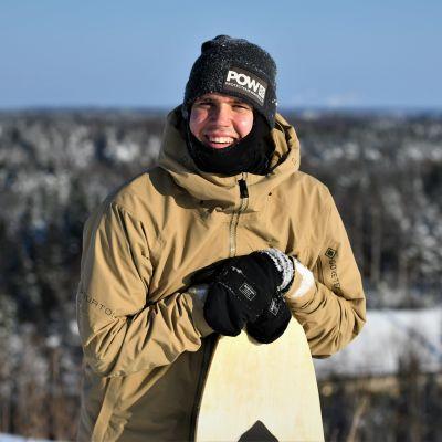 Anton Lindfors uppe på Nordsjötoppen.