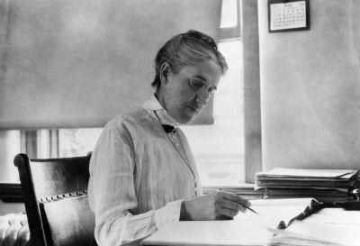 Henrietta Swan Leavitt (1868-1921).