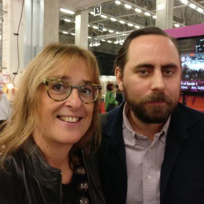 Katarina Fagerström och Philip Teir på bokmässan i Helsingfors.
