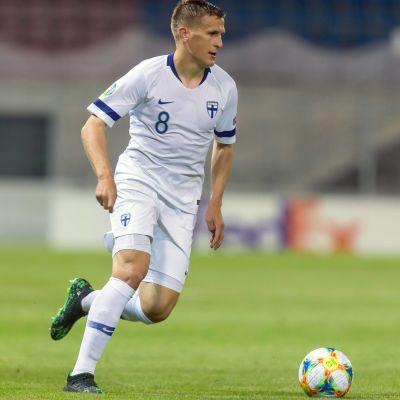 I juni spelade Robin Lod EM-kval mot Liechtenstein.