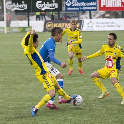 HJK åkte hem med tre poäng från Rovaniemi.