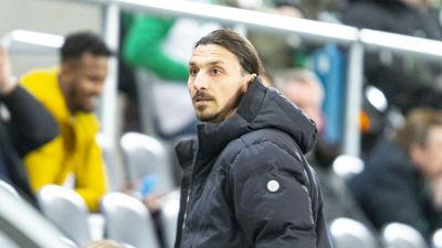I februari såg Zlatan Ibrahimovic cupmatchen mellan Hammarby och Varberg.