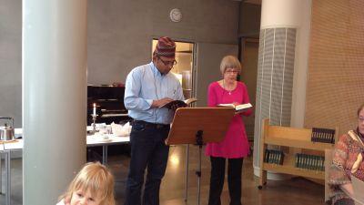 socialarbetaren Bhibin Shakya från Nepal och kantor Marjo Danielsson