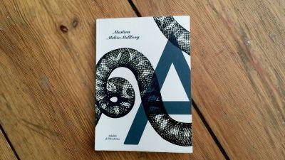 Matina Moliis-Mellberg debuterar med prosalyriska A