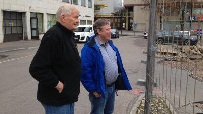 Borgåpolitiker inspekterar Krämaretorget