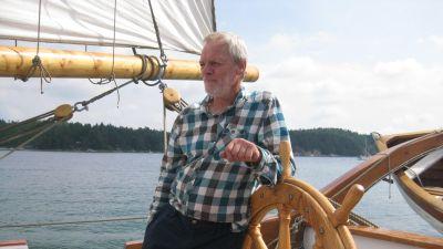 Egil Bergström har seglat runt i skärgården sedan 70-talet.
