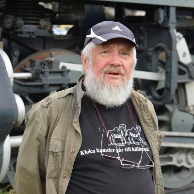 Jan-Erik Wiik på Karis järnvägsstation