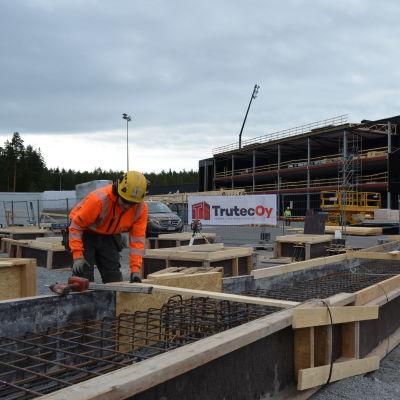 Seinäjoen jalkapallostadionilla rakennetaan laajennusta