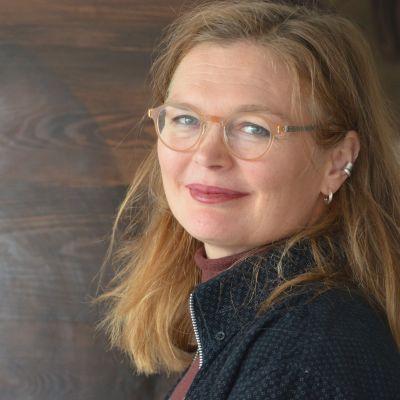 porträtt av bildkonstnären Magdalena Åberg