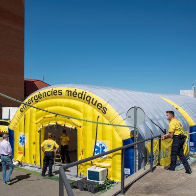 Ett fältsjukhus i staden Lleida i Katalonien under coronapandemin.