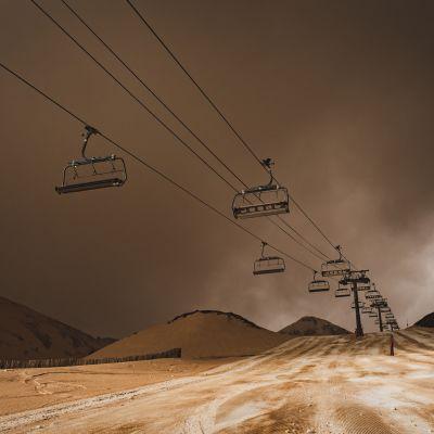 Saharan hiekka värjäsi ilman oranssiksi eteläisessä Euroopassa