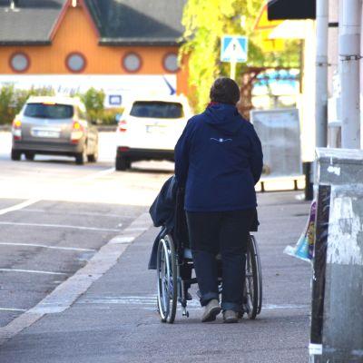 Åldring i rullstol