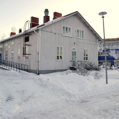 skolhus på norra skolvägen i nickby 21.01.16