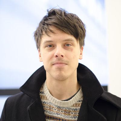 Porträttfoto på Johan Bäckman