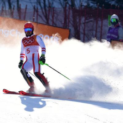 Marcel Hirscher åker ur i OS