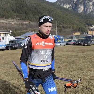 Iivo Niskanen åker hem från Val di Fiemme.