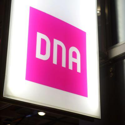 Telefonoperatörsbolaget DNA:s logotyp.