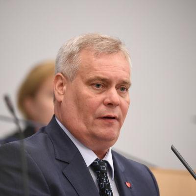 Antti Rinne i riksdagen den 1 juli 2016