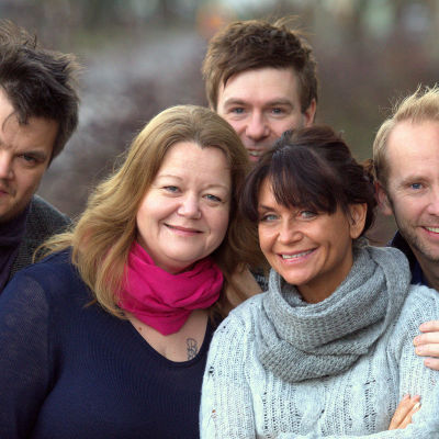Thomas Enroth med vänner åker på julturné 2014.
