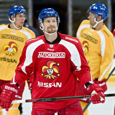 Niko Kapanen är lagkapten i Jokerit 2014-2015.