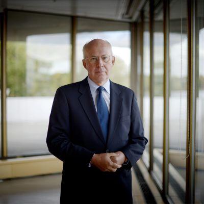 Finlands tidigare EU-ambassadör Jan Store vid publiceringen av boken Euroopan ytimessä.