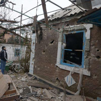 Över en miljon civila i Ukraina har varit tvungna att fly från sina hem