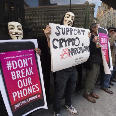 En demonstration till stöd för Apple i San Francisco den 23 februari 2016