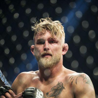 Sveriges MMA-stjärna Alexander Gustafsson lurade många.