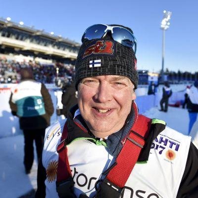 Reijo Jylhä på skidstadion i Lahtis.