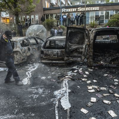 Brända bilar i Rinkeby