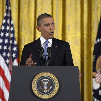 President Barack Obama håller presskonferens i Vita huset.