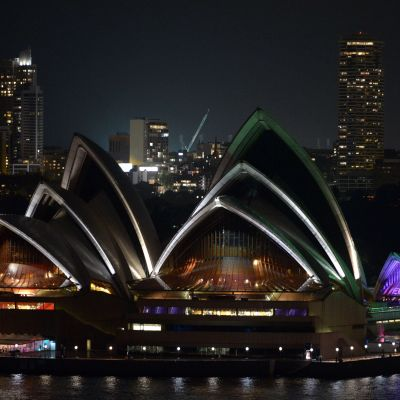 Operahuset i Sydney släcktes ner under Earth Hour 2018.