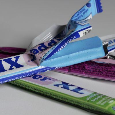 Stänger av märket Dipper XL TonguePainter i Helsingfors den 27 maj.