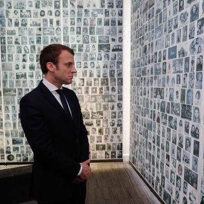 På söndagen besökte Emmanuel Macron muséet till minne av de judar som deporterades från Frankrike till nazisternas koncentrationsläger. 30.4.2017