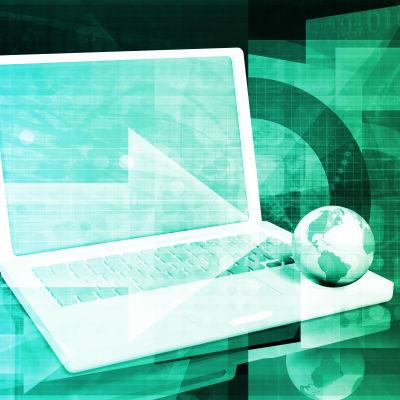 Illustration med en bärbar dator och en liten jordglob som ligger på den.